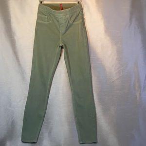 Spanx Jean-ish Leggings Size SP🙃$50